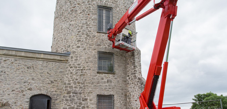 Wilson Access Track Mount Overcomes Challenges At Clifton Observatory