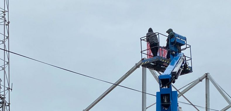 Dons Fans Caught Watching Scottish Premiership From a Cherry Picker